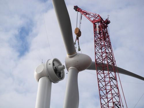 Mineri transformați în tehnicieni de turbine eoliene. Programul de reconversie stârnește interesul minerilor