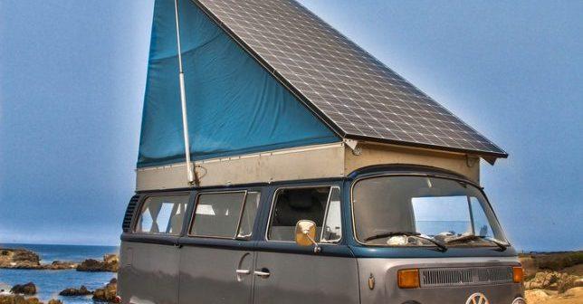 Celebra dubiță Volkswagen a anilor `60, transformată în vehicul solar de o familie din Oregon