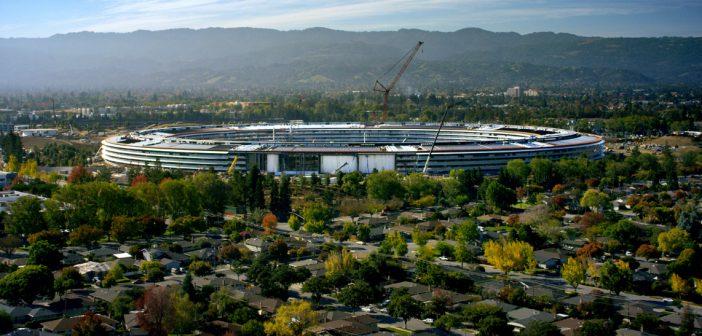Cea mai mare construcție alimentată cu energie provenită 100% din surse regenerabile aparține companiei Apple. Cum arată centrul Apple Park