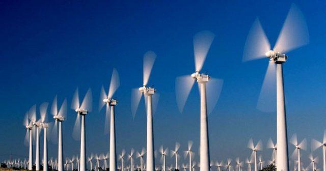 Turbine eoliene uriașe vor fi amplasate pe o insulă artificială, în mijlocul Mării Negre