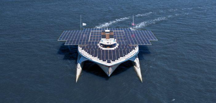 Race for Water, ambarcațiunea alimentată integral cu energie solară, a pornit într-un turneu mondial