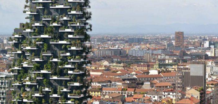 Spectaculos! Ce oraș are prima pădure verticală din lume. Construcția fabuloasă folosește energie regenerabilă