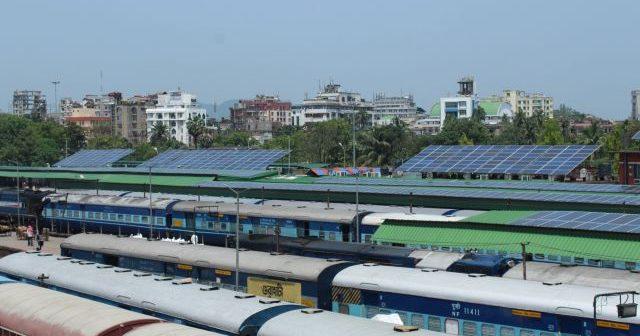 S-a inaugurat prima gară din lume care funcționează în totalitate cu energie solară