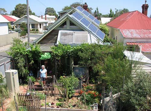 panouri_solare_pe_acoperisul_australienilor_solar-magazin.ro.jpg
