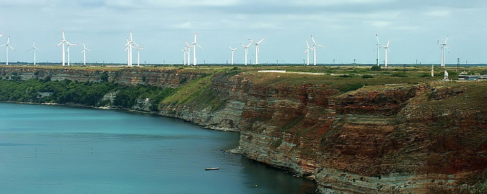 turbine_eoliene_la_marea_neagra.jpg