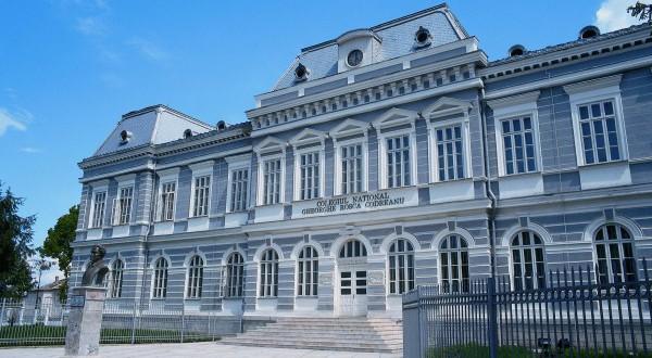 Subiecte Simulare Clasa A 7a Romana 2019 News: Liceul Care Isi Produce Singur Energia Regenerabila